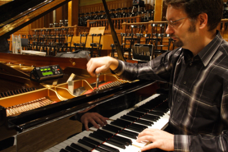 Piano tuning and repair in Budapest(Hungary)